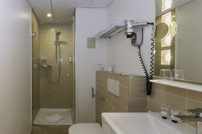 Standard-Single-Bathroom-Alize-1